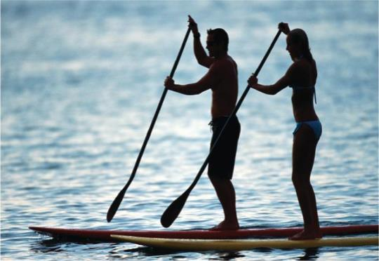 Stand up paddle fortalece barriga,pernas e postura