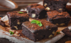Brownie de chocolate meio amargo no micro-ondas